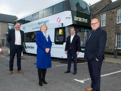 Ecosse : Le premier bus à hydrogène à deux étages arrive dans la ville pétrolière d'Aberdeen