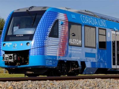 Le train à hydrogène d'Alstom circule pour la première fois en France