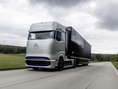 Mercedes GenH2 : Daimler présente un camion à hydrogène avec 1000 km d'autonomie