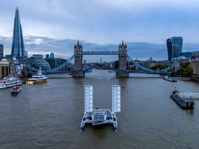Le catamaran à hydrogène Energy Observer fait escale à Londres