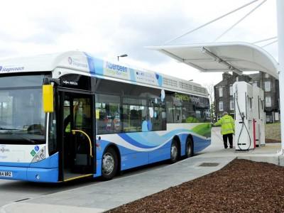 Vers de nouveaux modes de stockage de l'hydrogène dans les bus à pile à combustible ?