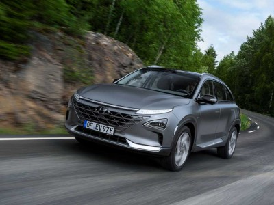 Voiture à hydrogène : Hyundai et Bertrand Piccard en route pour un record