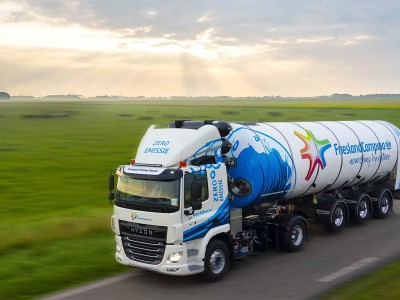 Ce camion de ramassage de lait carbure à l'hydrogène