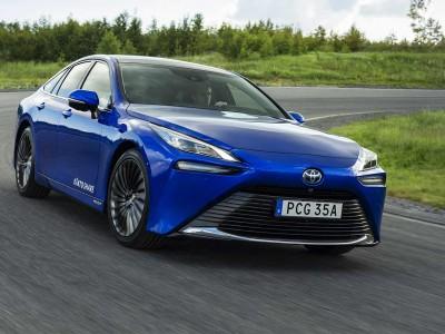 La voiture à hydrogène de Toyota en autopartage en Suède