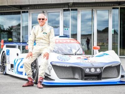 Mission H24 : Carlos Tavares au volant du prototype de course à hydrogène