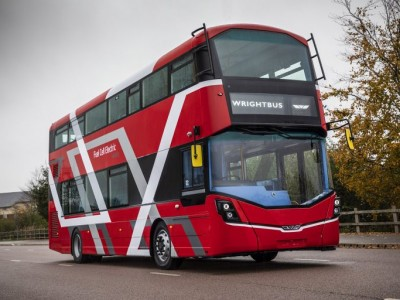 Wrightbus révèle un bus à hydrogène à deux étages