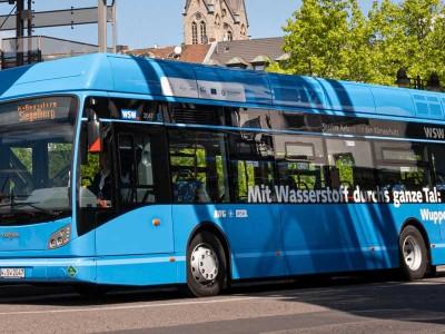 Allemagne : les premiers bus à hydrogène roulent à Wuppertal