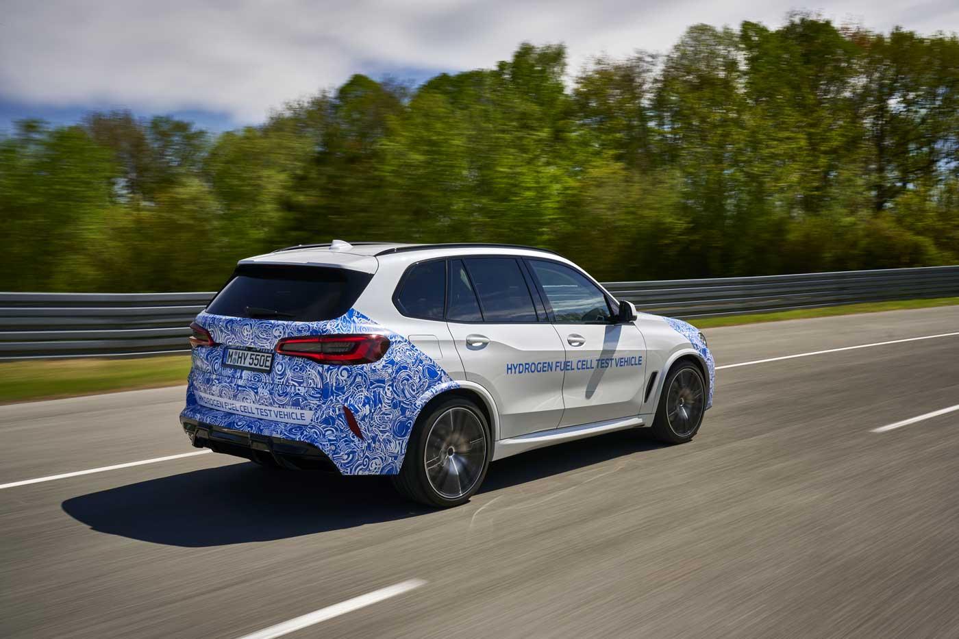 BMW débute les tests de son X5 à hydrogène