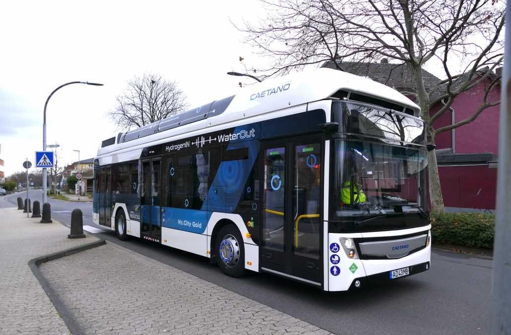 Le bus à hydrogène de Caetano en test à Francfort