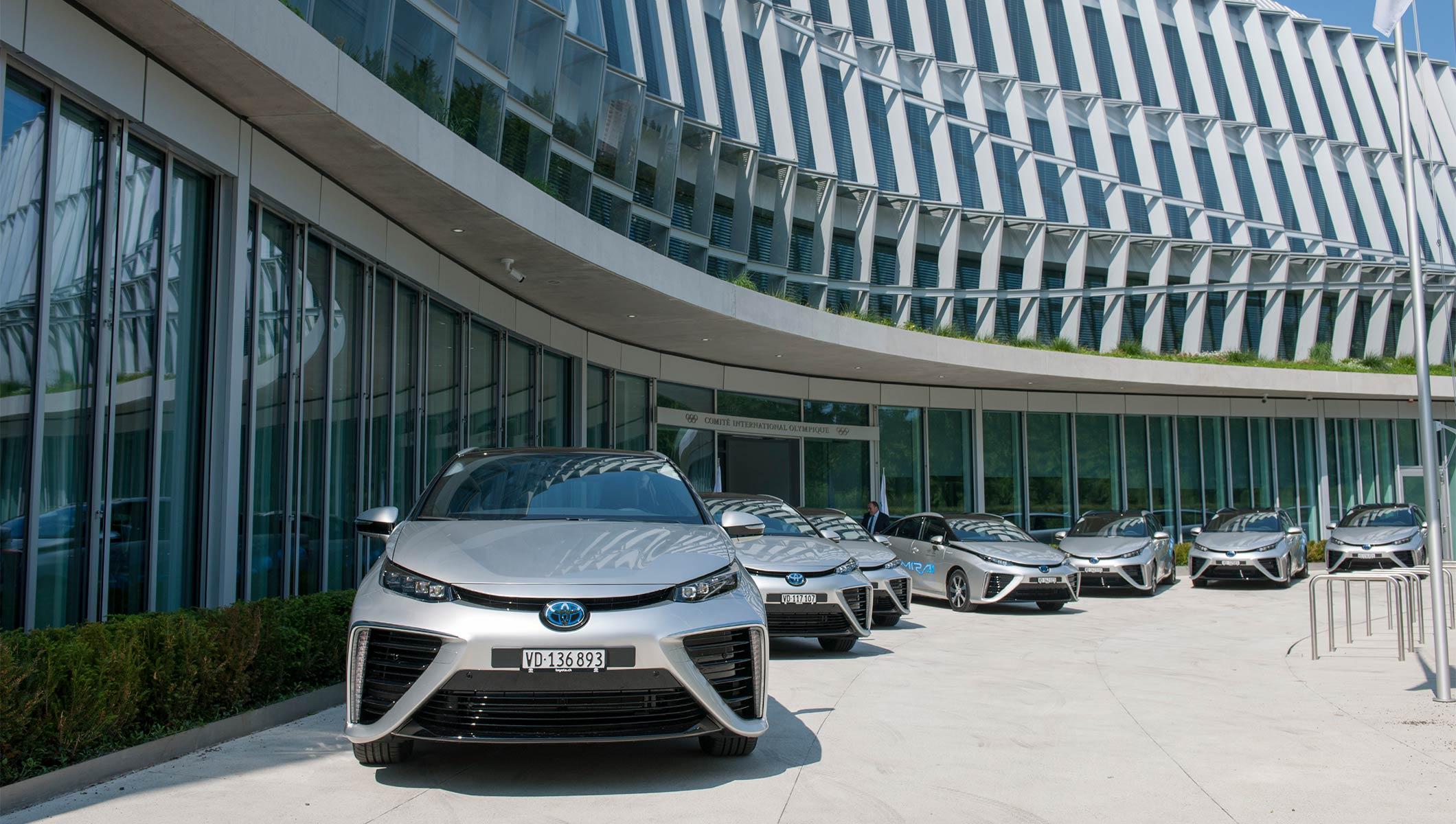 Le CIO reçoit ses premières voitures à hydrogène