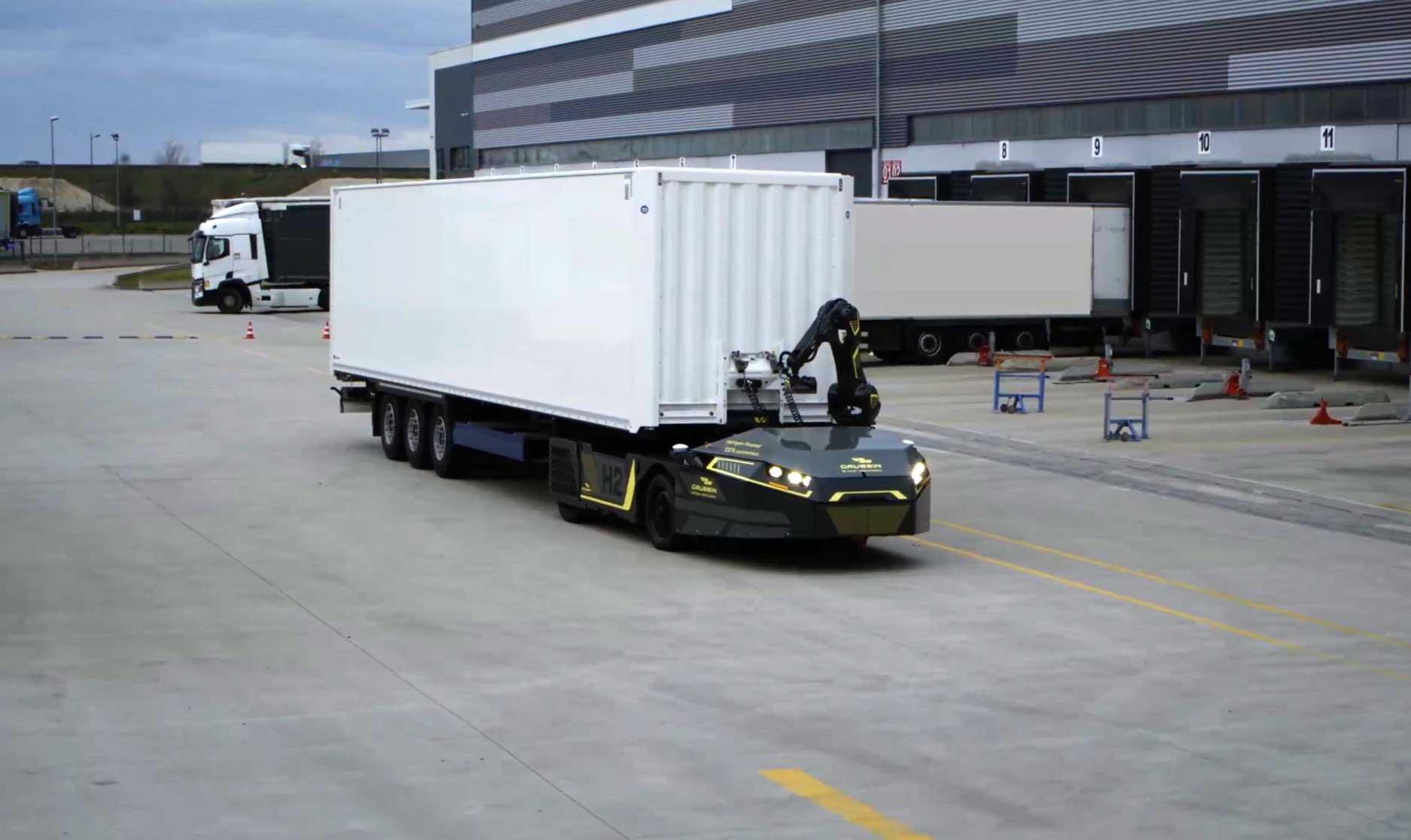 Gaussin dévoile son tracteur hydrogène autonome