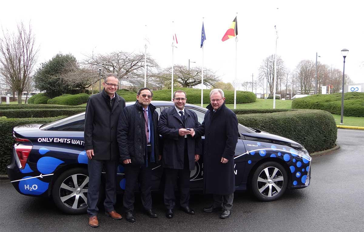Une Toyota Mirai à l'essai au Parlement européen