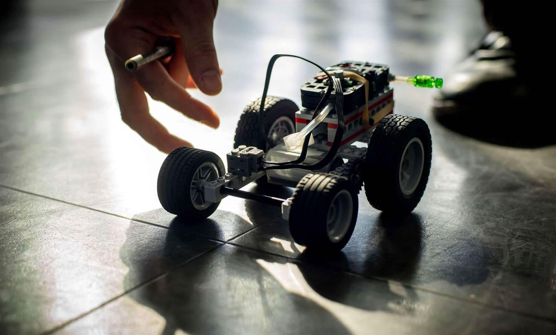 Ces voitures Lego carburent à l'hydrogène