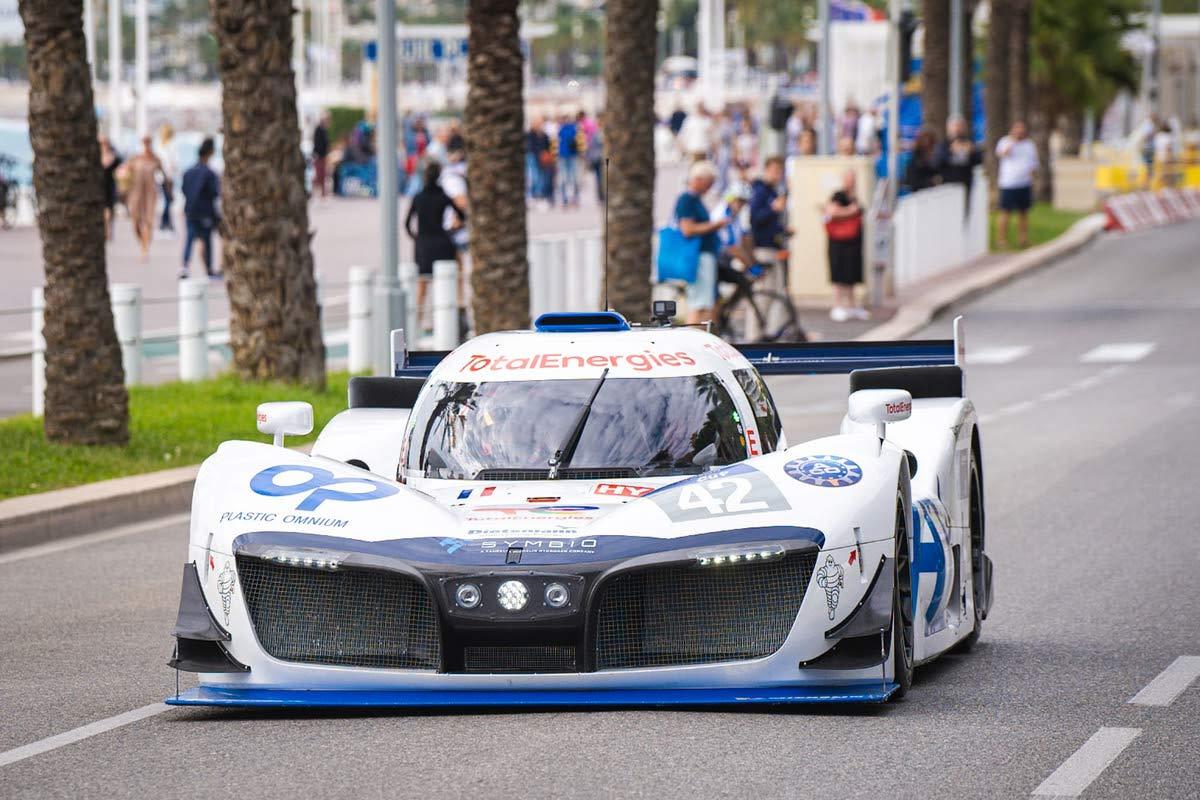 MissionH24 : la voiture de course à hydrogène sur la Promenade des Anglais