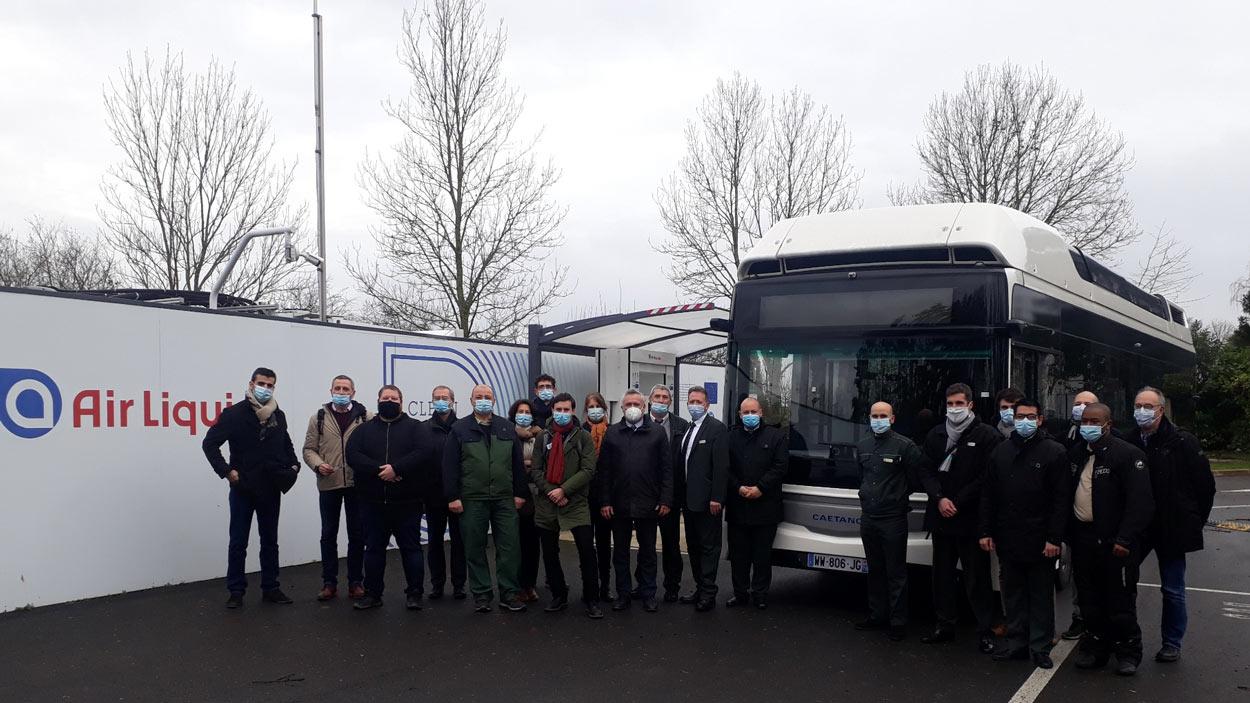 Bus à hydrogène : la RATP lance une nouvelle expérimentation avec Caetano et Toyota